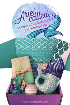 Cove Crate The NEWEST subscription box for mermaid fans! Mermaid Cove Crate from Mermaid Cove Collective!The NEWEST subscription box for mermaid fans! Mermaid Cove Crate from Mermaid Cove Collective! Unicorns And Mermaids, Real Mermaids, Mermaid Cove, Mermaid Tails, Mermaid Crafts, Mermaid Diy, Mermaid Style, Mermaid Birthday, Subscription Boxes