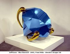 http://www.artknowledgenews.com/files2007a/JeffKoonsBlueDiamnod.jpgからの画像