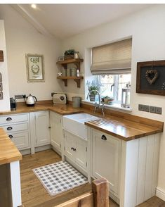 I get asked, almost daily, what we treat our oak worktops with! It's called Fi… I get asked, almost daily, what we treat our oak worktops with! It's called Fiddes Hard Wax Oil and there is a story… Small Kitchen, Kitchen Remodel, Kitchen Decor, Kitchen Remodel Small, New Kitchen, Home Kitchens, Kitchen Renovation, Kitchen Design, Kitchen Paint