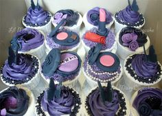 WOW these Anna Sui cupcakes are truly amazing