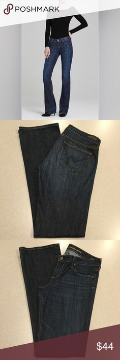 Citizens Of Humanity Jean 29X35 Kelly Boot Pacific Citizens of humanity women's jeans Kelly Bootcut in Pacific Ocean Modeled pictures are of exact fit and wash Selling now on citizens site for $168.00 Size 29 Style # 001n-001 35 inch long unaltered inseam Dark wash, famous H pockets Perfect preowned condition, no flaws! All of my items come from a smoke free, pet free home and are authenticity guaranteed! Please ask any questions and reasonable offers are always welcome 8 11/5 Citizens of…