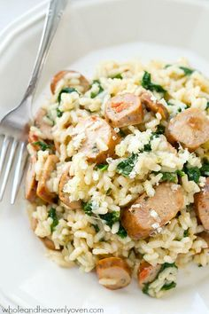 Creamy restaurant-style parmesan risotto loaded with plenty of sausage and kale, and made in one pot in only 30 minutes! Dinner is going to rock. Use elk sausage! Healthy Slow Cooker, Slow Cooker Recipes, Cooking Recipes, Healthy Recipes, Delicious Recipes, Easy Weeknight Meals, Quick Easy Meals, Easy Dinners, Skillet Dinners