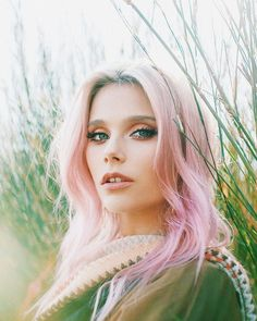 Cimorelli, Celebrity Stars, Image Fun, Celebrity Hairstyles, Queen, Woman Face, Pink Hair, American Actress, Beauty