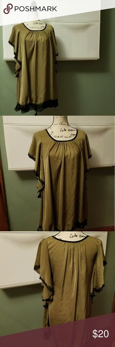 Ya Los Angeles kimono olive green lace trim dress This Ya Los Angeles kimono olive green lace trim dress is in good used condition. It has black lace trim and fluttery sleeves. It is a small. It is 25% cotton 75% polyester Ya Los Angeles Dresses Midi