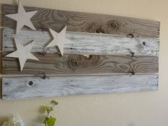 4th of July...hmmm think I will make accessory pieces to swap out for each holiday/season and keep background piece hung outside front door yr round