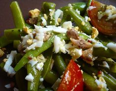 Ensalada de judías verdes con vinagreta de anchoas