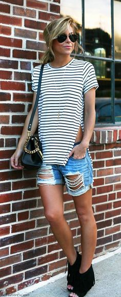 Striped T-shirt, denim shorts and open toe booties for summer outfit. #denimshorts #stripes