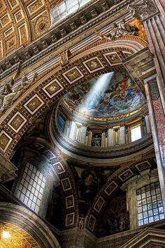 """Vatican City, Italy - Use with XRAY Picture Book of Big Buildings of the Ancient World. """"The Basilica of St. Peter's and the Sistine Chapel"""" and The Story of Architecture pp. """"High Renaissance: The Grandeur of Rome"""" WEEK 23 Classical Architecture, Beautiful Architecture, Beautiful Buildings, Beautiful Places, Rome Architecture, Renaissance Architecture, Beautiful Pictures, Le Vatican, Vatican City Rome"""