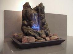 Fuente de agua de piedra.