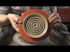 Throwing a very simple Pottery Soap Holder Plate on the wheel