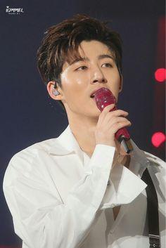 Ikon Songs, Kim Jinhwan, Jay Song, Ikon Kpop, Ikon Wallpaper, Double B, Fans Cafe, Yg Entertainment, Handsome