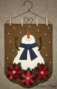 Christmas Snow Wool Applique pattern from The Woolen Penny  Snowman Poinsettia Christmas Penny Rug  http://thewoolenpennyshop.blogspot.com/