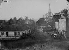 Street scene, Warrenton, Va., c. 1862    http://www.archives.gov/research/military/civil-war/photos/images/civil-war-094.jpg