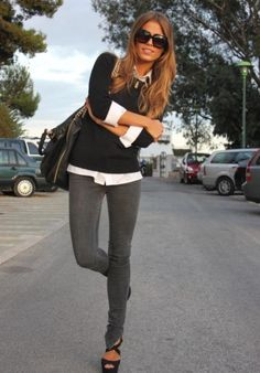 Grey skinny jeans, white button up and black sweater. I've finally found a use for my new grey jeans! Looks Street Style, Looks Style, Style Désinvolte Chic, My Style, Classic Style, Chic Chic, Simple Style, Mode Outfits, Casual Outfits