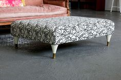 upholstered-shipping-pallet-ottoman
