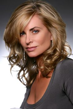 Eileen Davidson aka Ashley Abbott dans The Young & the Restless
