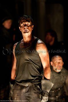 Oregon Shakespeare Festival. HENRY V (2012): John Tufts, Russell Lloyd, Ensemble. Photo: Jenny Graham.