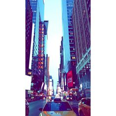 """""""The lights are so bright But they never blind me.""""Taylor Swift Welcome to New York.  #photography #photo #newyorkcity #travel #travelphotography #newyork #iphonephotography #capture #beautiful #moments #all_shots #citylife #happy #photographyislifee #travelersnotebook #MayraAroundTheCountry by @fototure via http://ift.tt/1RAKbXL"""