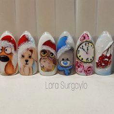Christmas nails by Lara Surgaylo Nail Art Noel, Xmas Nails, Christmas Nail Art, Holiday Nails, Acrylic Nails Stiletto, Gel Nails, Matted Nails, Animal Nail Art, Seasonal Nails
