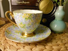 Antique Shelley Bone China Teacup and Saucer Primrose Chintz Pattern Genuine Gold Plate 1940s on Etsy, 73,23 €