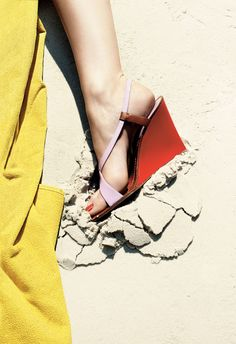 5 Designers Pick Their Favorite Sandals of the Season—and the Pedicure Polishes to Match – Vogue