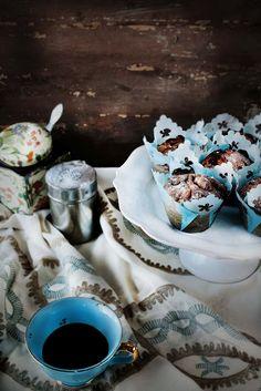 Pratos e Travessas: Strawberry and marjoram muffins