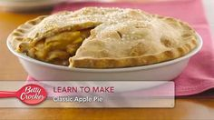 How to Make Two-Crust Pie Pastry. Gold Medal Flour shows you how to make a two-crust pastry perfect for your favorite pies. Pie Pastry Recipe, Pie Crust Recipes, Pastry Recipes, Pie Crusts, Flour Recipes, Baking Tips, Baking Recipes, Crackers, Just Desserts