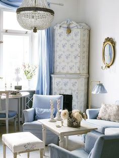 Asian has a lot of interesting design, including for the room interior design and decor. The characteristic of Asian home usually is full of unique pattern with natural things inside the room. Swedish Cottage, Swedish Decor, Swedish Style, French Style, Cottage Chic, Swedish Design, Shabby Cottage, Nordic Design, Interior Pastel