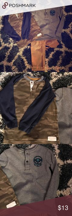 🎊Boys Bundle🎊 3 Pieces 1 price! Carter's army fatigue long sleeve, OshKosh thermal and Gymboree cargo pant which has a couple slits as you can see in the pic above. Other