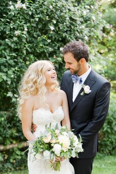 Adorable: http://www.stylemepretty.com/new-york-weddings/tarrytown/2016/06/03/outdoor-castle-hotel-wedding/ | Photography: Heather Waraksa  - http://heatherwaraksa.com/