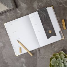 Meet CARRARA - A stylish daily planner for modern women with busy schedules. Holiday List, Time Management Skills, Long Time Friends, Learning Time, Goal Planning, See Images, Day Planners, Setting Goals, New Leaf