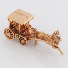Vintage Gold Bermuda Horse Buggy Charm