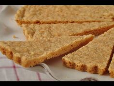 Scottish petticoat tails ~ <3 that it's butter, sugar, rice flour and flour, as shortbread is traditionally  made in Scotland.