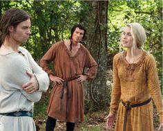 The Vampire Diaries Season 8: Rebekah Makes Comeback? - http://www.morningledger.com/vampire-diaries-season-8-rebekah-makes-comeback/1396938/