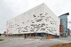 "Rudi Ricciotti, Centre des Arts et de la Culture - ""L'Imaginaire"", Douchy-les-Mines - 2009"