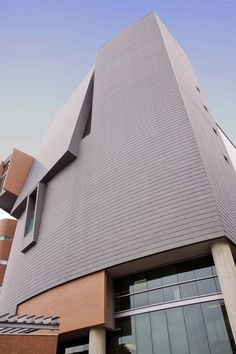Center for Academic and Research Excellence (CARE)/ Crawley Building Designed by STUDIOS Architecture/ Harley Ellis Devereaux using VMZ Flat lock panel in QUARTZ-ZINC  #CARE #vmzinc  http://www.vmzinc-us.com/our-solutions/vmzinc-facade/vmz-composite.html