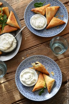 Crispy Baked Kale Phyllo Triangles with 3-Ingredient Feta Yogurt Dip is a great snack, appetizer, or party food! #recipe