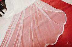 #velosdenovia #velos #fabianluque #fotografosdecordoba #fotografosdeboda #novias #bodas Tulle, Skirts, Fashion, Bridal Veils, Brides, Wedding, Moda, La Mode, Skirt