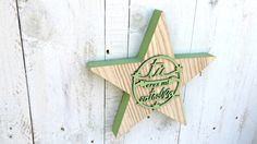 Estrella de madera VERDE por SmileAndWood en Etsy