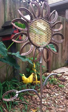 Large Horseshoe Flower Yard/Garden Art by LowerArkCrafts on Etsy