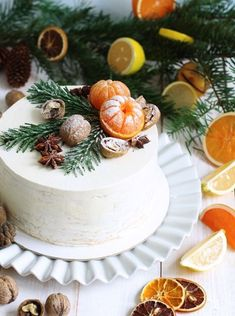 christmas cake Hope the delicious cakes will add some warmth to your winter days. And may you like todays recommendations. Fun Cupcakes, Birthday Cupcakes, Cupcake Cakes, Baking Cupcakes, Simple Cupcakes, Christmas Sweets, Christmas Baking, Christmas Cakes, Christmas Birthday Cake