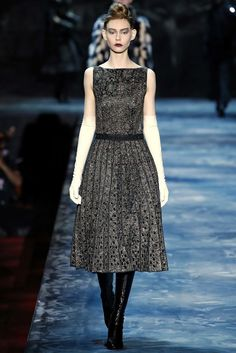 Classic Marc Jacobs Fall 2015 Ready-to-Wear Fashion Show - Erin O'Connor