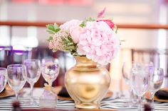 Blush Floral Centerpiece #wedding #florals #blushwedding Pink Flower Centerpieces, Centerpiece Wedding, Flower Arrangements, Pretty In Pink, Pink Flowers, Florals, How To Memorize Things, Blush, Table Decorations