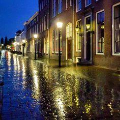 #rainy #streets of #ijsselstein #uitinijsselstein #ownthelight #rain #rainyday #rains #bluehour #civiltwilight #oldstreet #twilight #reflection #light #warmlight #lovingthelight #architectuurfotograaf #architectuurfotografie #oldstreets #oldfacades #cobblestone #lighting #igersholland #igersnederland #bns_holland #lovingthenetherlands #cityscape #perspective #reflections