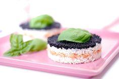 Pastel de arroz y salmón ahumado Caviar, Rice Pasta, Party Desserts, How To Cook Pasta, Japanese Food, Cooking Recipes, Cooking Pasta, Food Inspiration, Tapas