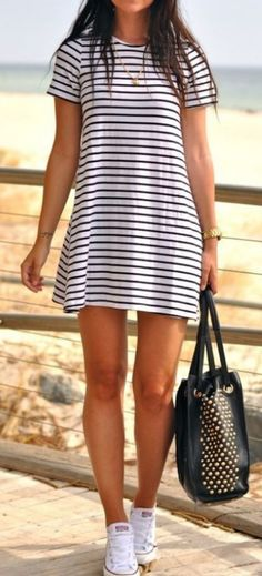 Irregular hem striped crew neck long sleeve dress