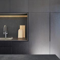 M House  DKO Architecture @dko_architecture  #kitchen #kitchendesign #blackkitchen #joinery #design #lighting #interior #interiors #instadesign #instainterior #instaarchitecture #architecture #archidaily #dkoarchitecture #details