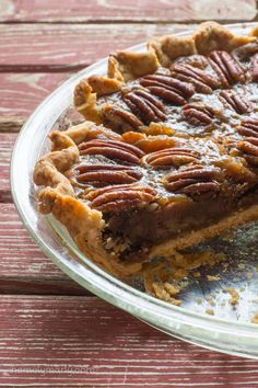 Everyone's favorite pie veganized – Vegan Pecan Pie – with simple ingredients an… - Vegan Desserts Vegan Pecan Pie, Vegan Pie, Vegan Foods, Vegan Dishes, Cream Cheeses, Gateaux Vegan, Cake Vegan, Vegan Christmas, Vegan Dessert Recipes