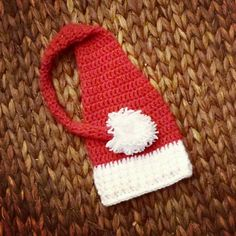 Check out this item in my Etsy shop https://www.etsy.com/listing/211474914/crochet-newborn-baby-santa-sleeper-hat