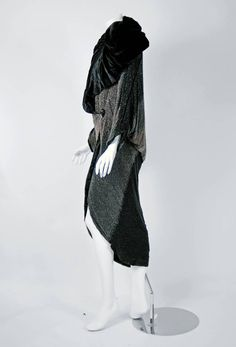 1924 Paul Poiret Haute-Couture Rare Ombre Beaded Flapper Cocoon Evening Coat